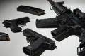 Картинка оружие, пистолеты, штурмовая винтовка, обоими