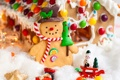 Картинка зима, праздник, игрушки, шоколад, печенье, Рождество, конфеты