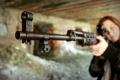 Картинка девушка, оружие, винтовка