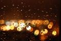 Картинка стекло, капли, город, огни, дождь, вечер, bokeh