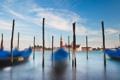 Картинка 2560x1600, небо, water, boats, дома, венеция, clouds