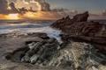 Картинка горизонт, солнце, восход, скалы, волны, море, берег