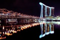 Картинка вода, ночь, город, огни, отражение, отель, сингапур