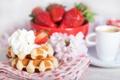 Картинка клубника, waffles, завтрак, крем, coffee, вафли, кофе