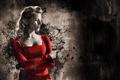 Картинка пистолет, платье, девушка, красный