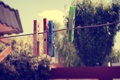 Картинка фон, веревка, прищепки, цветные