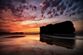 Картинка закат, пляж, небо, море, скала