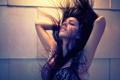 Картинка девушка, настроение, брюнетка, girl, кайфует