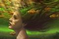 Картинка золотые рыбки, живопись, блики, девушка, рисунок, Под водой