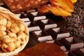 Картинка темный, шоколад, орехи, плитки, лесные, молочный