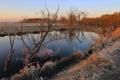 Картинка иней, трава, пейзаж, закат, река