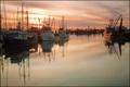 Картинка вечер, гавань, катера. закат