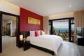Картинка телевизор, балкон, спальня, кровать, комната