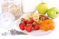 Картинка хлопья, мюсли с молоком и фруктами и свежими ягодами, Здоровый завтрак