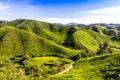 Картинка дорога, зелень, холмы, поля