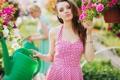 Картинка девушка, лейка, цветы