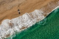 Картинка песок, пляж, лето, океан, человек