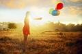 Картинка девушка, свет, шары