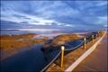 Картинка море, пляж, тучи, пирс, залив