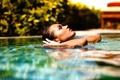 Картинка в воде, профиль, девушка, Chromatropic