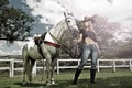 Картинка девушка, фон, конь, Kelly Amorim