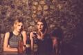 Картинка Andrea, вино, девушки, Rachel, бокал, фон, ресторан