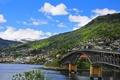 Картинка лето, горы, мост, город, река, дома