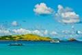 Картинка море, небо, облака, лодка, корабль, остров