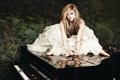 Картинка Avril Lavigne, Аврил Лавин, Пианино, Goodbye Lullaby