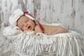 Картинка корзина, шапка, младенец