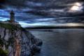 Картинка море, облака, закат, скала, побережье, маяк, вечер