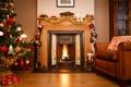 Картинка зима, комната, огонь, игрушки, елка, кресло, Новый Год