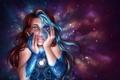Картинка девушка, лицо, руки, арт, микросхемы