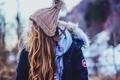 Картинка волосы, куртка, шапка, девушка