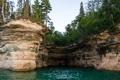Картинка лес, река, скалы, США, Michigan