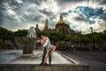 Картинка город, фонтан, свидание