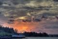 Картинка закат, река, серое, небо