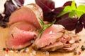 Картинка зелень, мясное блюдо, Medium Rare вареной говядины Жаркое