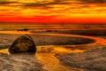 Картинка небо, камень, вечер, море, берег, панорама, зарево