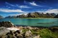 Картинка море, горы, камни, побережье, лодка, Норвегия, Лофотенские острова