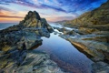 Картинка пляж, водоросли, восход, океан, скалы, спокойствие, утро