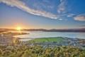 Картинка солнце, город, восход, лодки, залив, Шотландиия, Ферт-оф-Клайд