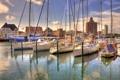 Картинка небо, пейзаж, лодка, пристань, дома, яхта, причал