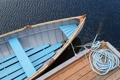Картинка вода, лодка, веревка