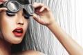 Картинка девушка, стрелки, волосы, руки, макияж, помада, арт