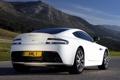Картинка белый, Aston Martin, астон мартин, задок, Vantage S