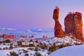 Картинка зима, небо, снег, камни, скалы, сша, Arches National Park