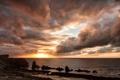 Картинка море, пляж, облака, закат, скалы