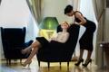 Картинка модель, кресло, брюнетка, лампа, блондинка, eva berger, интерьер