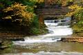 Картинка осень, листья, деревья, мост, река, скалы, поток